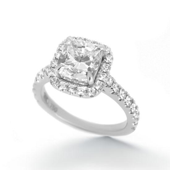 cushion cut diamond ring- haywards of hong kong