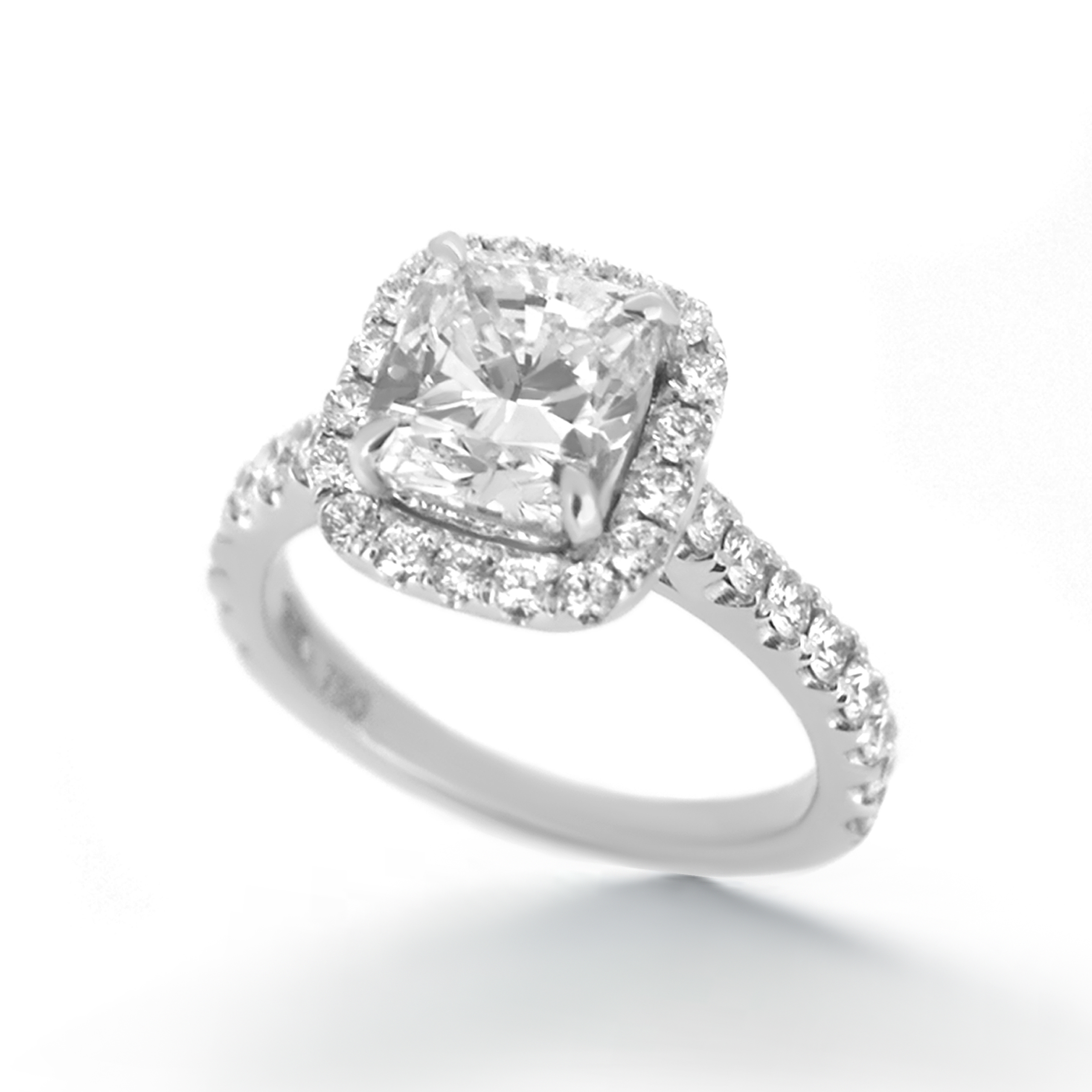 cushion cut diamond ring- haywards of hong kong