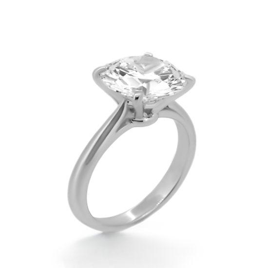 four prong solitaire diamond ring- haywards of hong kong