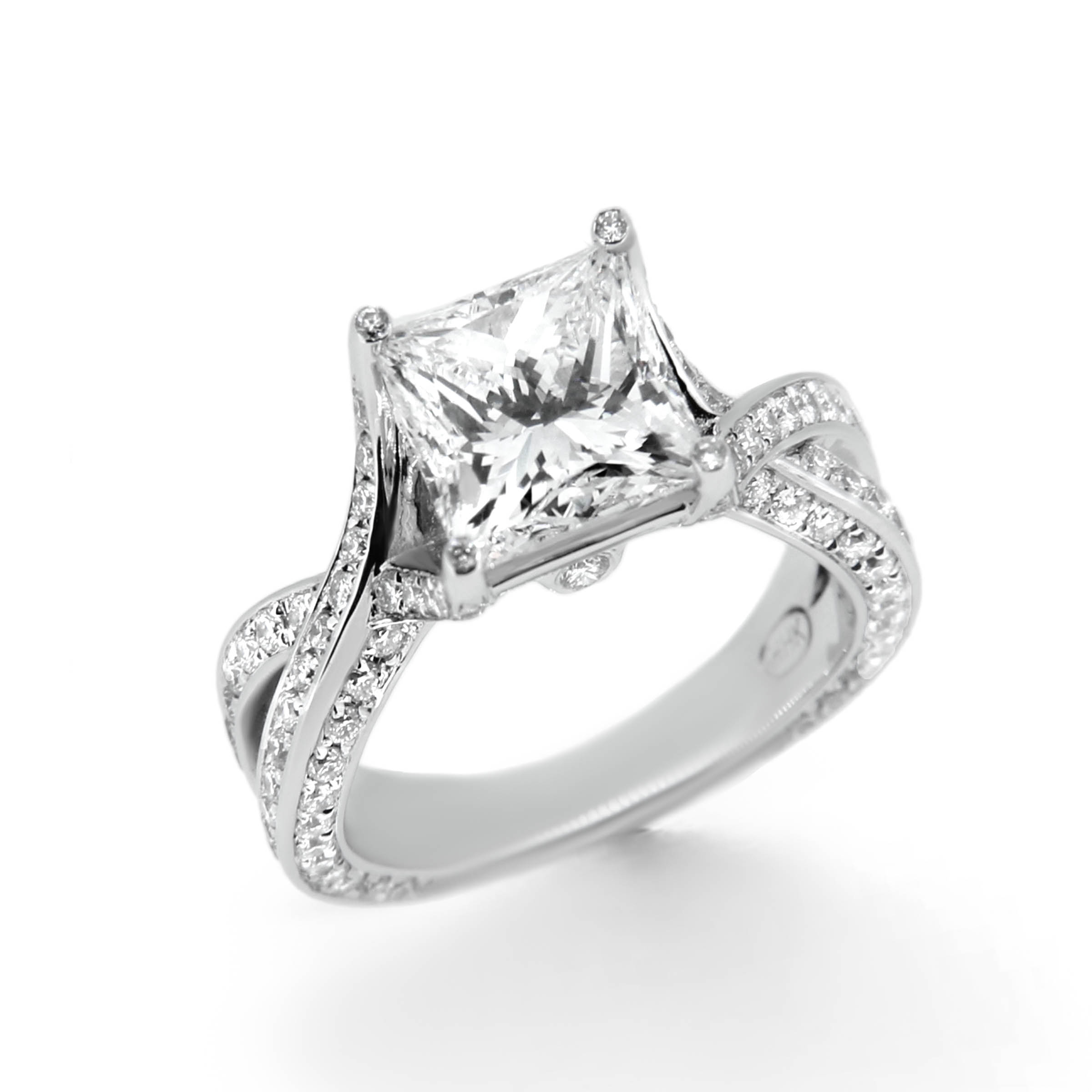 princess cut diamond engagement ring- haywards of hong kong