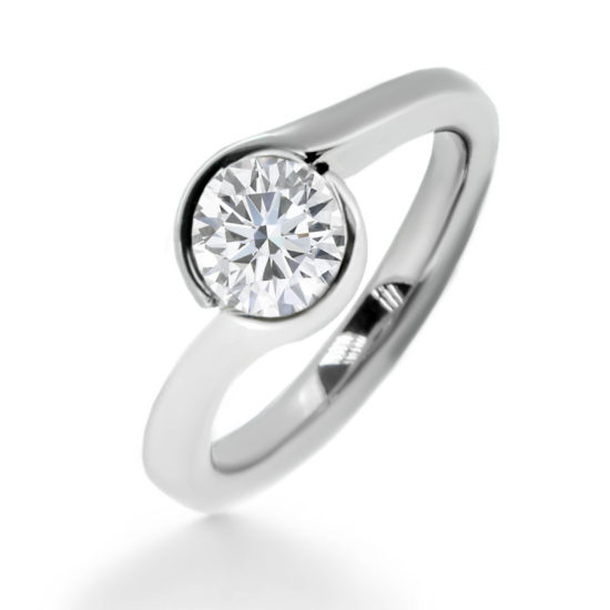 diamond twist ring- solitaire diamond ring- haywards of hong kong
