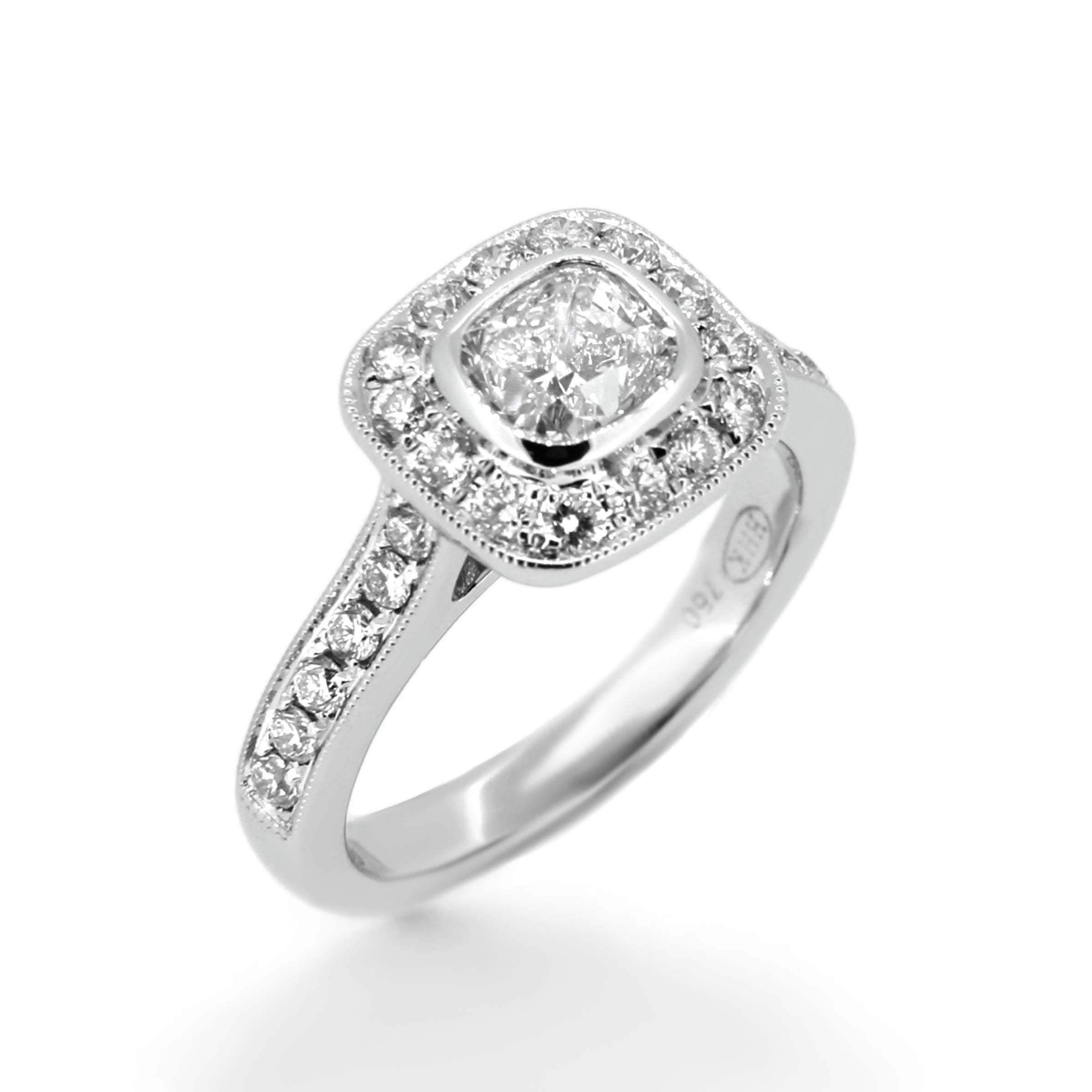 cushion cut diamond engagement ring- haywards of hong kong