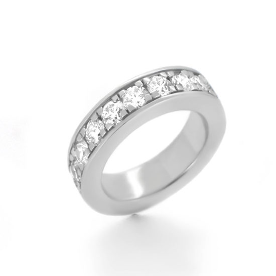 diamond wedding band- haywards of hong kong