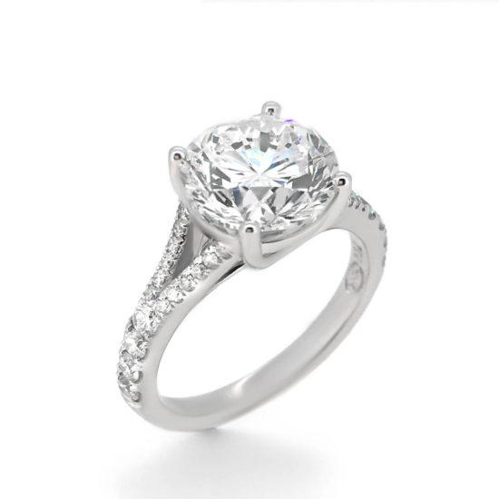 round brilliant diamond ring